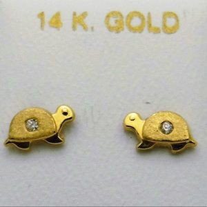 Other - 14K Gold Turtle CZ Turtle Stud Earrings